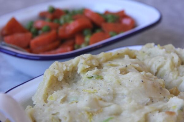 devour_pie_sides_potato